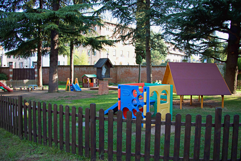 Parco Giochi Asilo 2